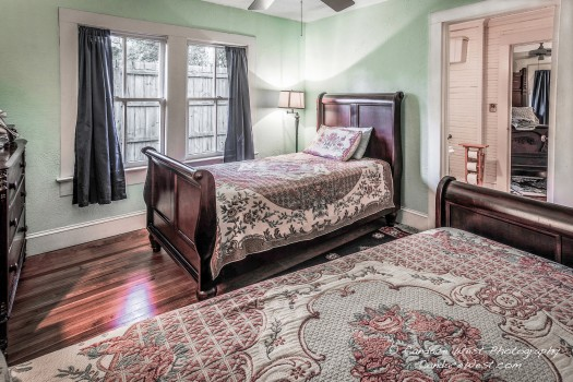 Key Lime twin bedroom