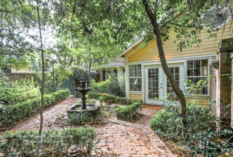 Magnolia Plantation Bed And Breakfast Inn And Cottages